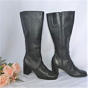 Mid-Calf Black Leather High Square Heel Boots